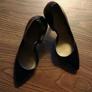 8.5 high heel BCBG SEXY!